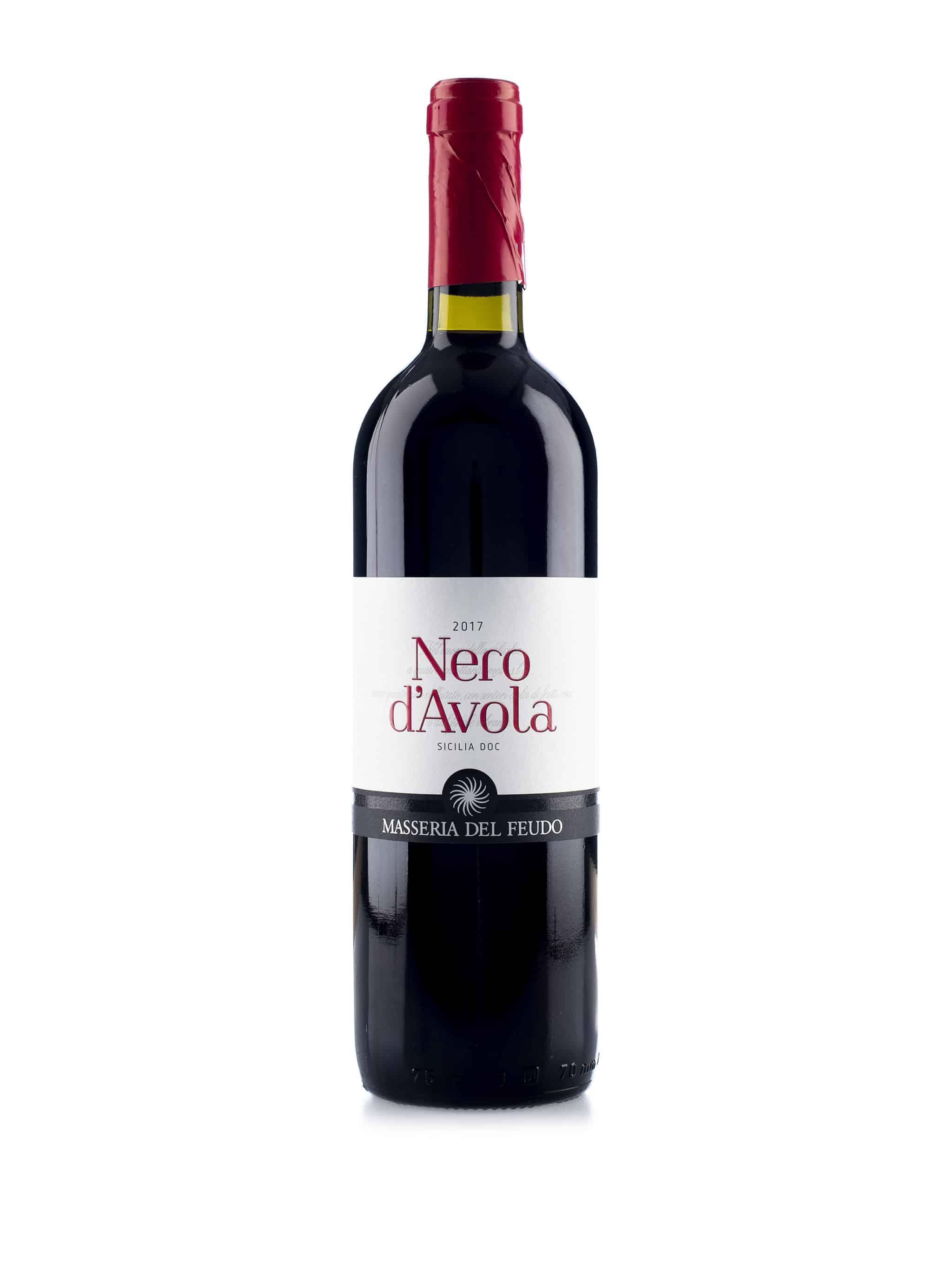 Italiaanse rode wijn van wijndomein Masseria del Fuedo: Nero d'Avola